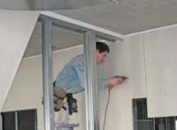 Szwecja praca na budowie przy wykończeniach- pracownik budowlany
